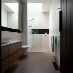 liddiard-ensuite-bathroom