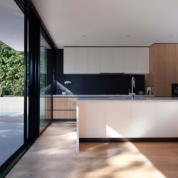 mt-ida-pool-kitchen-wide